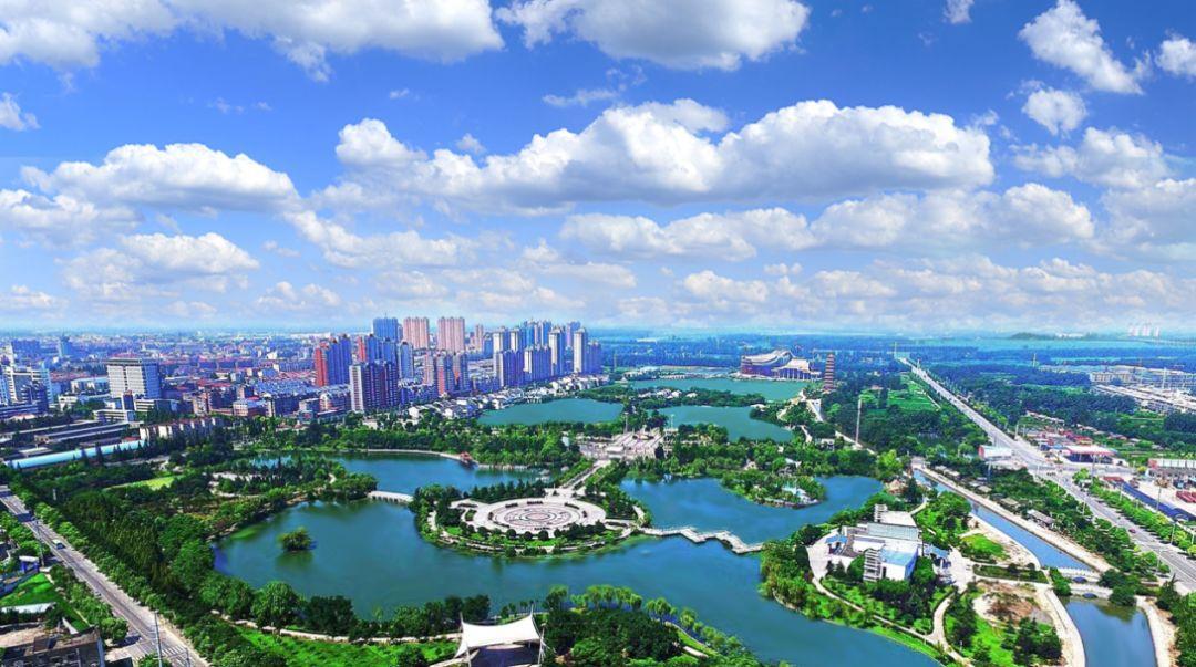 潜江市重点企业走进武汉纺织大学、 湖北大
